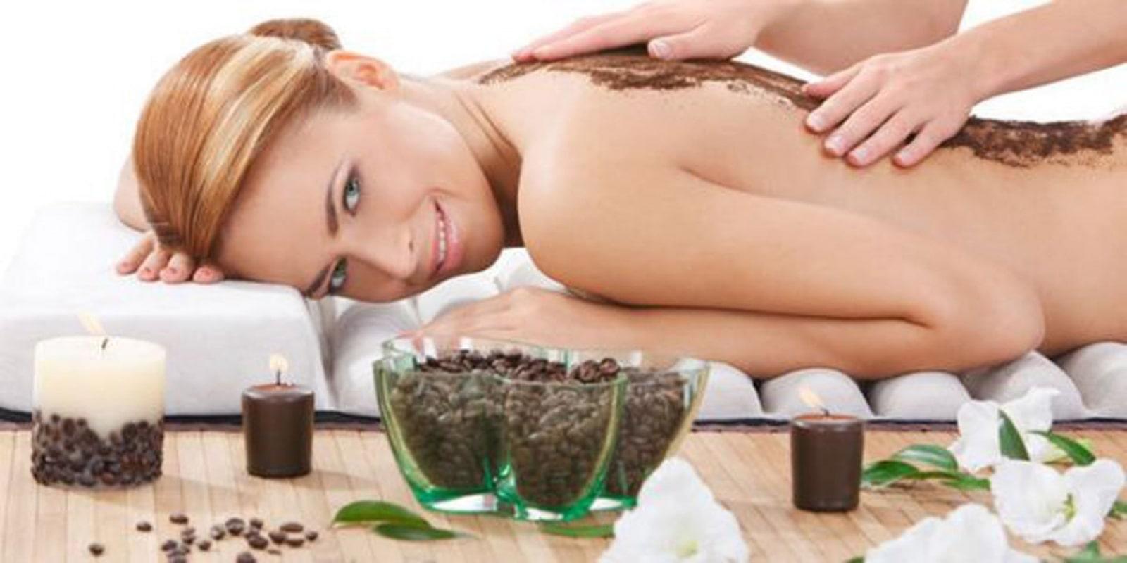 Tẩy da chết để da hấp thu dưỡng chất tốt hơn