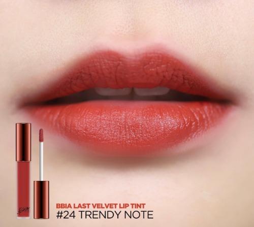 Son BBIA màu 24 Trendy Note là tông đỏ đất pha chút ánh hồng.