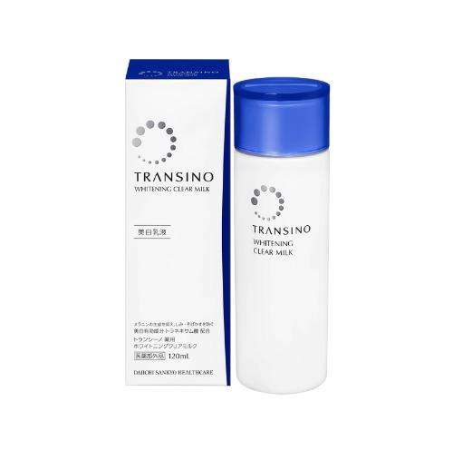 Sữa dưỡng tạo lớp màng mỏng nhẹ, bảo vệ và cấp ẩm cho da căng mịn.