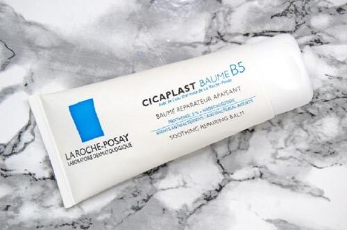 Công dụng của kem dưỡng ẩm B5 mang lại cho làn da là không thể chối cãi, rất nhiều phản hồi tích cực thuộc về sản phẩm này.