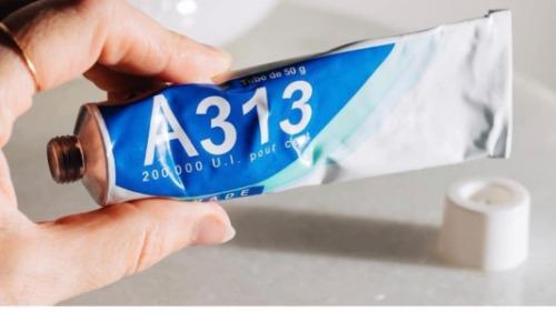 Thành phần chính của kem dưỡng A313 là Retinol.