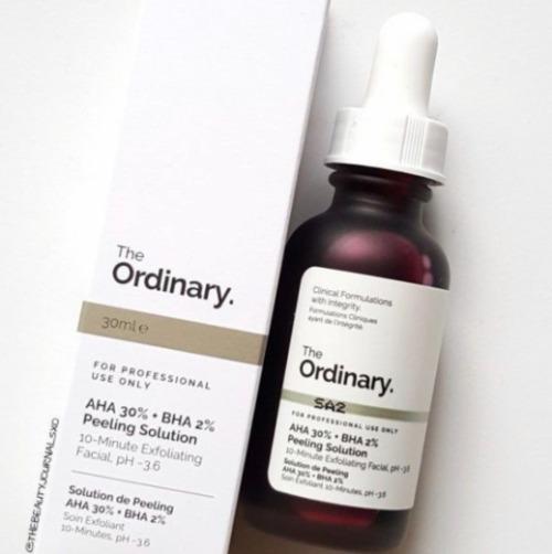 Thay da sinh học với The Ordinary AHA 30% + BHA 2% Peeling Solution sẽ giúp cải thiện làn da của nàng.