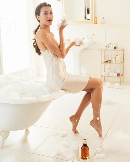 Mọi làn da đều cần được cấp ẩm đầy đủ
