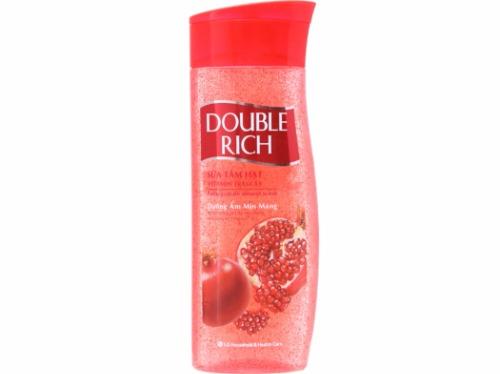 Chiết xuất Lựu đỏ trong sữa tắm hạt Double Rich giúp dưỡng sáng, cấp ẩm cho da hiệu quả.