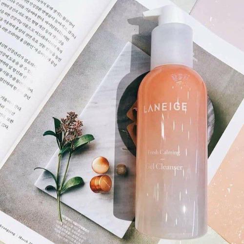 Sữa rửa mặt Laneige Fresh Calming Gel Cleanser.