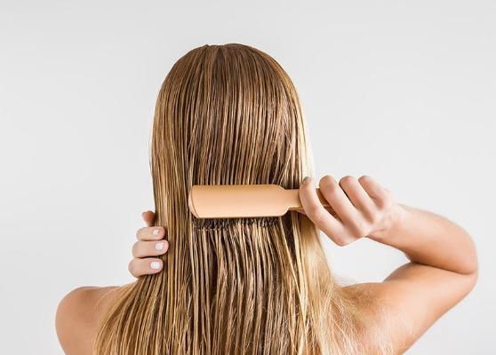 Mái tóc suôn mượt và mềm mại hơn sau mỗi lần gội