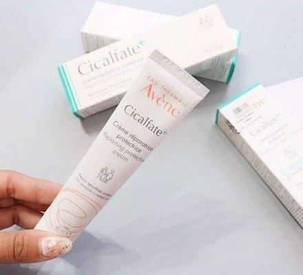 Cicalfate Restorative Skin Cream giúp phục hồi da tổn thương
