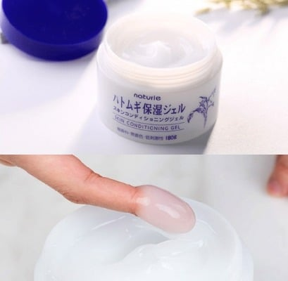 Sản phẩm có kết cấu dạng gel lỏng nhẹ mát dịu cho da, thấm nhanh