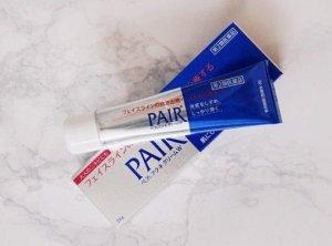 Kem trị mụn này có tên đầy đủ là Pair Acne W Cream