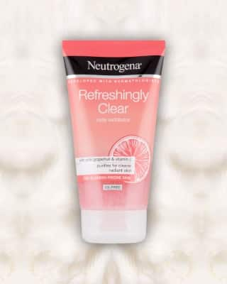 Sữa rửa mặt Neutrogena Refreshingly Clear Daily.
