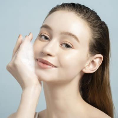 Gel rửa mặt Emmié hỗ trợ làm sạch da, dưỡng da theo từng type da.