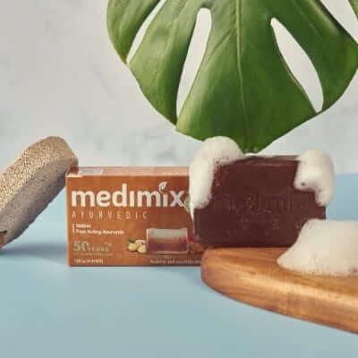 Xà phòng Medimix cỏ Hương Bài.
