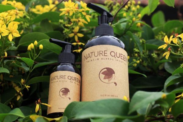 Dầu gội Nature Queen đem lại những công dụng tuyệt vời cho tóc.
