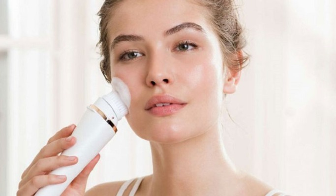 Da khô, da nhạy cảm sẽ phù hợp hơn với cách làm sạch da này